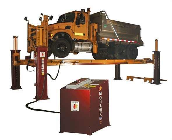 The Mohawk four-post TR-50 can be purchased under the NJPA contract. Photo courtesy of Mohawk Lifts