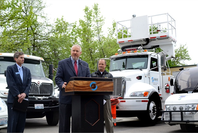 Seattle's Mayor Mike McGinn announced the City's goal of reducing petroleum fuel use by 1 million gallons by 2020. Photo courtesy City of Seattle.