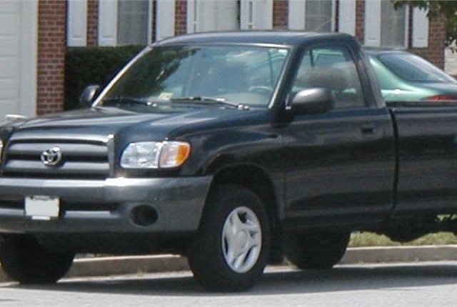 Photo of Toyota Tundra by IFCAR via Wikimedia Commons.