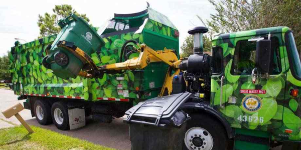 Houston Turns to Rental Vehicles to Supplement Trash Collection