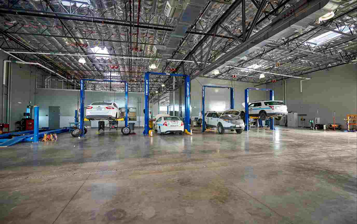 The service center features three heavy vehicle pull-through bays and 12 light vehicle bays.