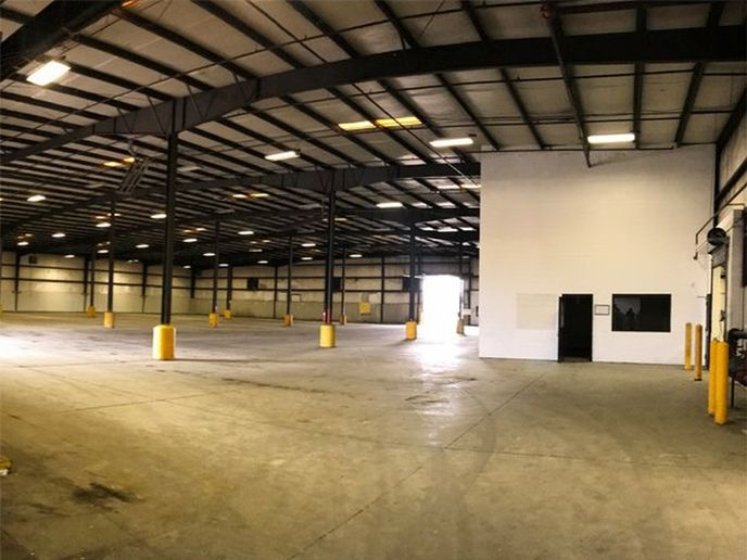 The 41,000 square-foot fleet facility was formerly a beverage bottling and distribution center.