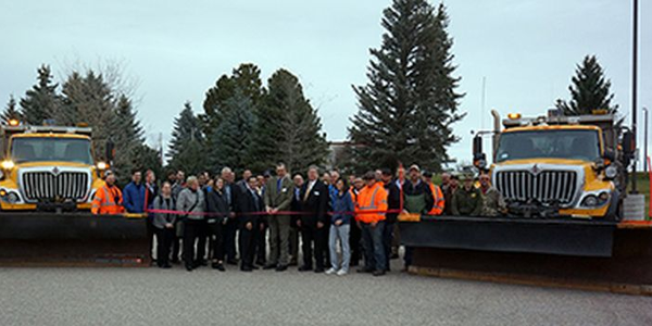 The Wyoming DOT hosted a ribbon-cutting ceremony for itsconnected vehicle project.