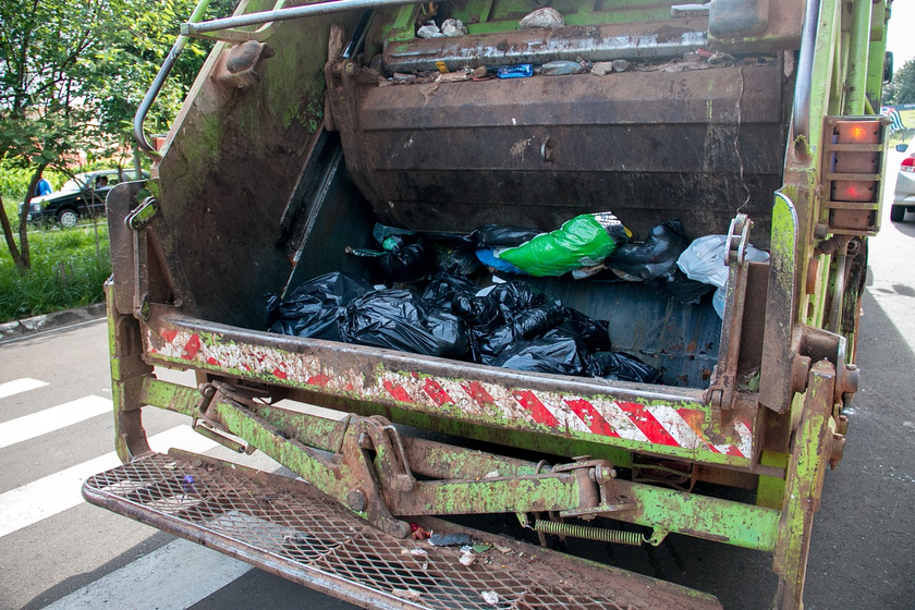 Philadelphia's Refuse Drivers Have High Crash Rates