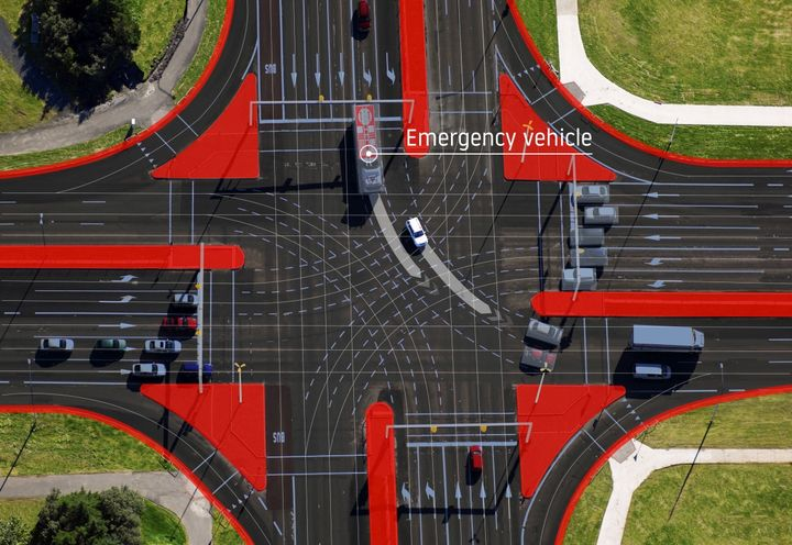 TomTom and Verizon's technology makes it easier for emergency vehicles to move more safely through intersections.
