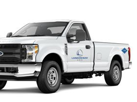 Los Angeles World Airports to Use CNG Trucks