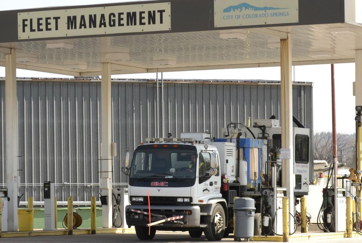 Colorado Springs Utilities' fuel use mix is 60% diesel and 40% unleaded gasoline.