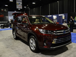 The Toyota Highlander Hybrid has fuel economy of 30 mpg city/28 highway.
