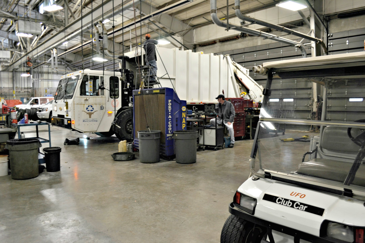 The university owns about 625 light-duty vehicles, not including 400 carts used around campus.