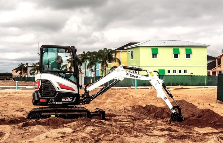 Bobcat's E26 compact excavator features a 24.8-hp diesel engine does not require a diesel particulate filter (DPF) or selective catalytic reduction (SCR) to meet Tier 4 emission requirements.