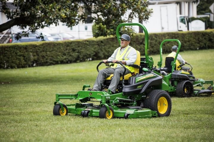 The Z994R mower is powered by a Final Tier 4, three-cylinder, liquid-cooled diesel engine with 24.7-hp rated power at 3200 rpm.