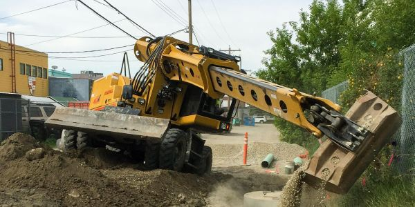 The Gradall XL 4330 V excavator has a rubber tire undercarriage provides a stable work platform...
