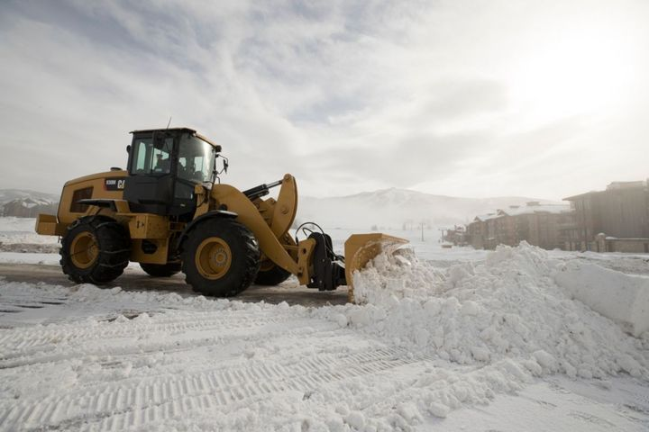 These new Caterpillar Small Wheel Loadersnow integrate several options commonly found on large and medium Cat wheel loaders. - Photo courtesy of Caterpillar