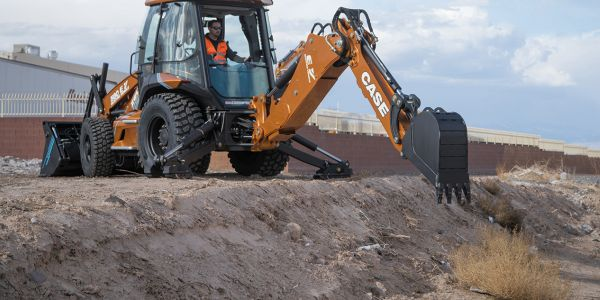 Case Unveils 580 EV Electric Backhoe Loader
