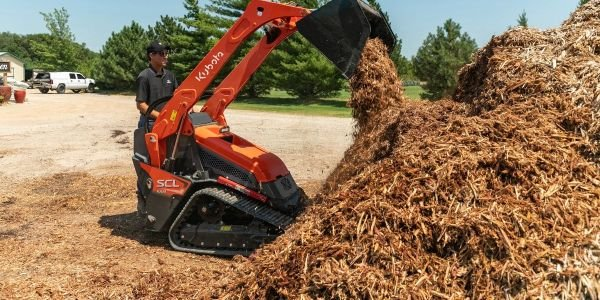 Kubota Enters Stand-On Loader Segment with New SCL1000