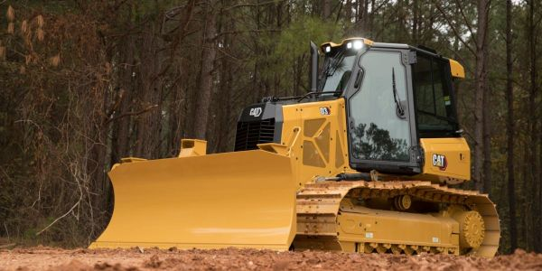 The D3 dozer has an operating weight of 20,321 to 21,150 lbs. and delivers 104 hp.