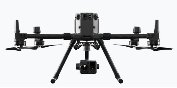 DJI's newcommercial drone platform, the Matrice 300 RTK (M300 RTK) can be equipped witha...
