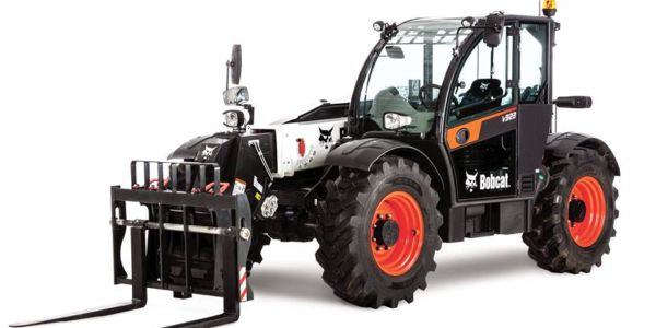 The new V923 expands the Bobcat family of VersaHANDLER telescopic tool carriers, making it ideal...