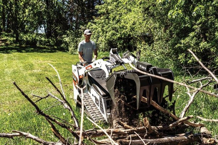 The new Bobcat MT100 mini track loader delivers fast cycle times, strong breakout force, and excellent pushing ability. - Photo: Bobcat