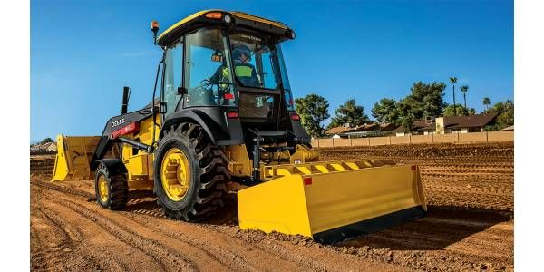John Deere's Grade Control-Ready L-Series Tractor Loaders