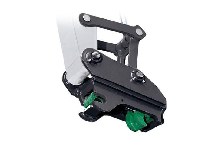 Hydraulic quick coupler - Photo: Bobcat Company