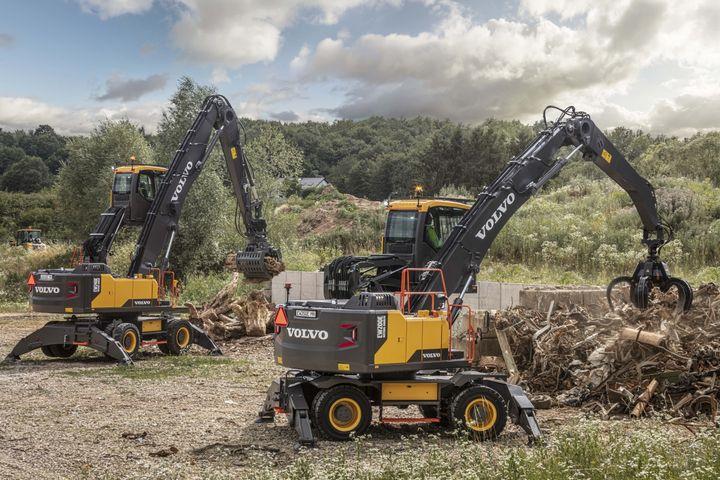 Volvo EW200E MH and EW240E Material Handlers - Photo: Volvo Construction Equipment