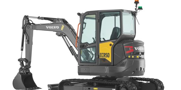 The VolvoECR50 zero-tail-swing excavator canwork in confined spaces while reducing the risk of...