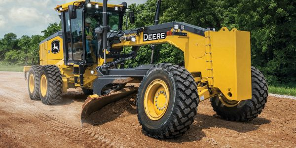 The industry-exclusive Auto-Pass feature on the John Deere GP-Series Motor Graders programs...