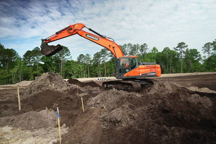 Trimble'shardwareis designed and tested for the harsh conditions often found on construction sites.Contractors will be able to upgrade their 2D system to 3D. - Photo: Doosan