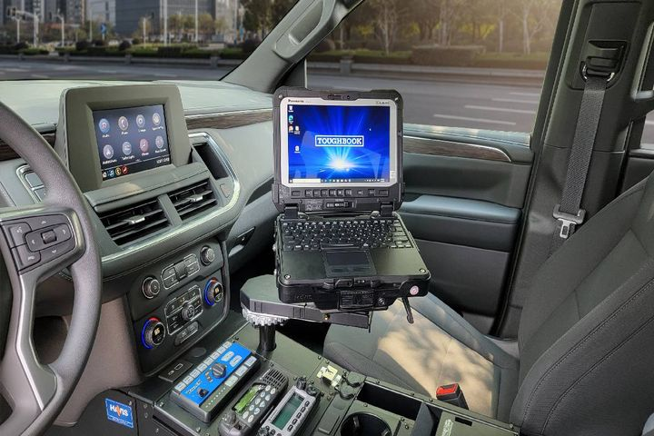 The company now offers the DS-PAN-720 series tablet dock and the DS-PAN-1010 series laptop dock. - Photo: Havis
