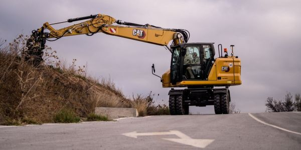 Caterpillar's M319 tackles a range of projects from utility work to general excavating to trenching.