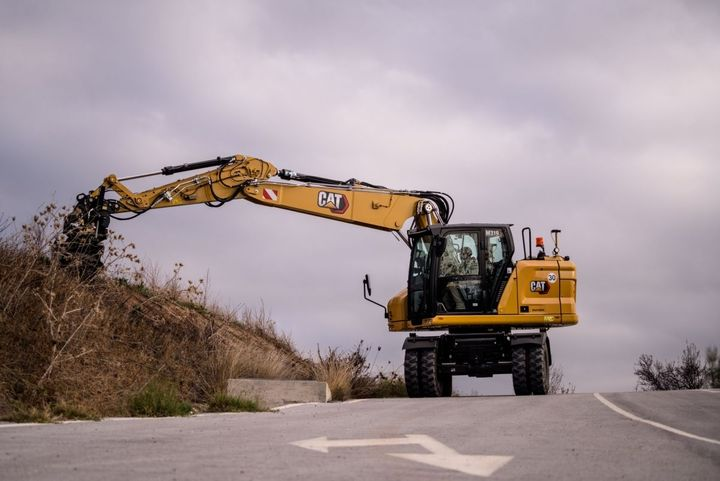 Caterpillar's M319 tackles a range of projects from utility work to general excavating to trenching. - Photo: Caterpillar