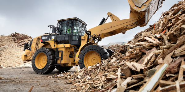 Cat 950M wheel loader. Photo courtesy of Cat