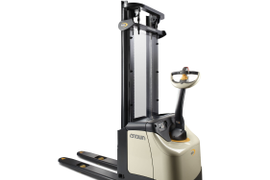 ES 4000 Series Forklifts