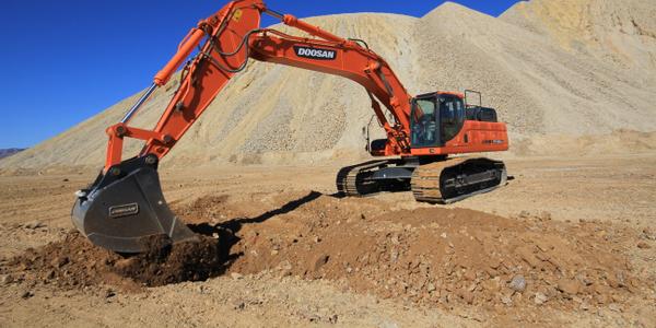 DX420LC Excavator