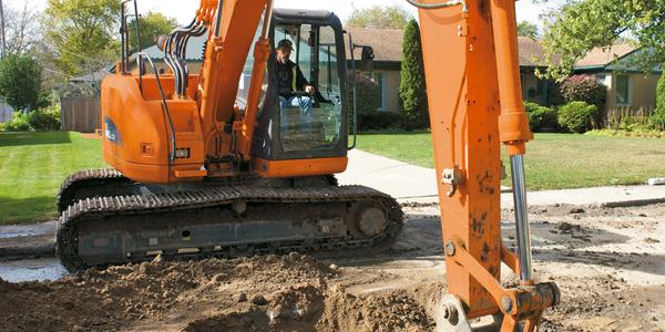 DX140LCR Excavator