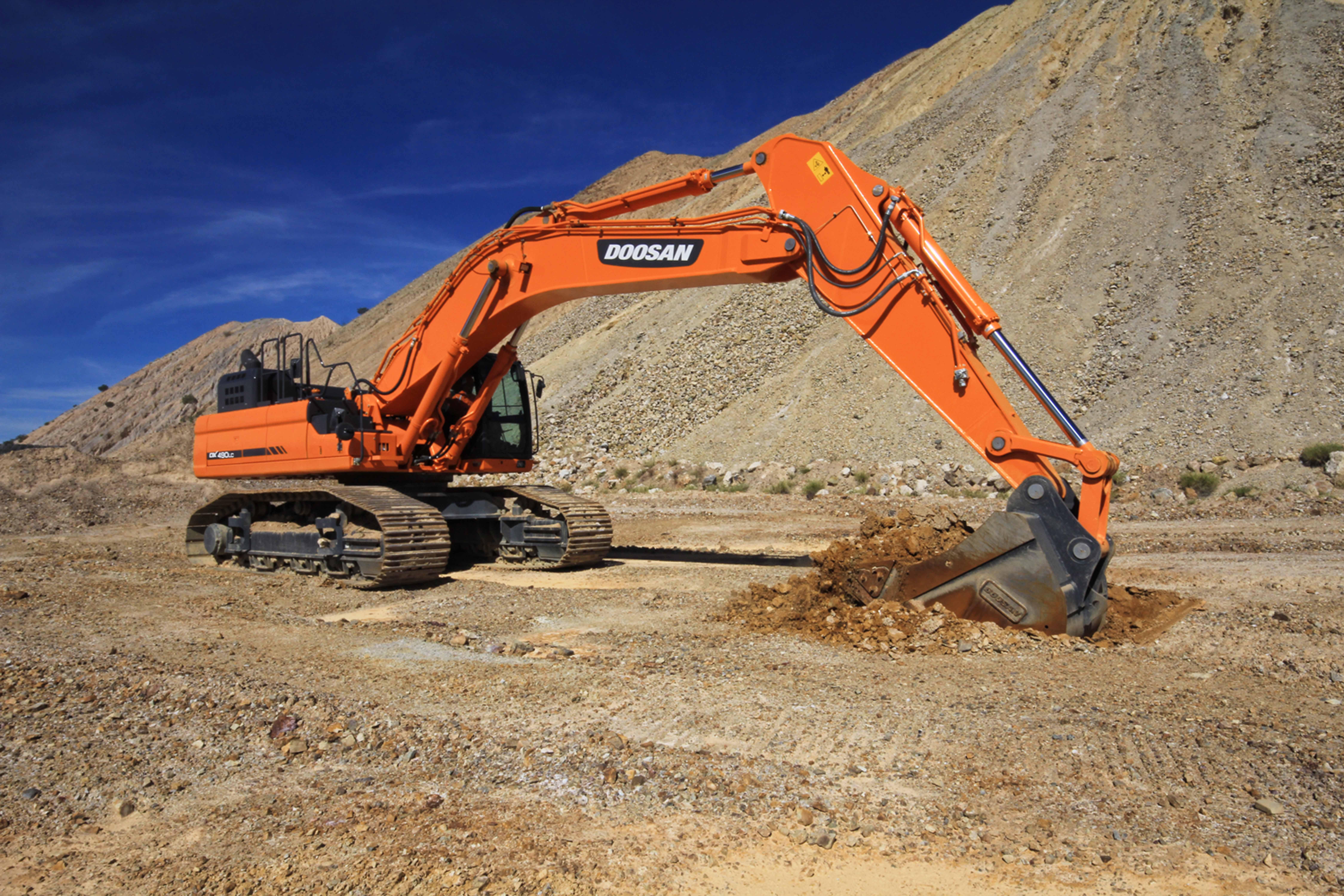 DX490LC-5 Crawler Excavator - Equipment - Government Fleet