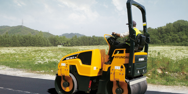 The two Hyundai Series 9 tandem-drum roller models, including the HR30T-9 shown here, feature...
