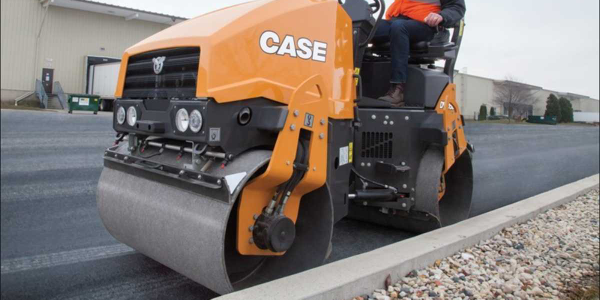 The Case DV26D asphalt roller delivers 33.5 hp.