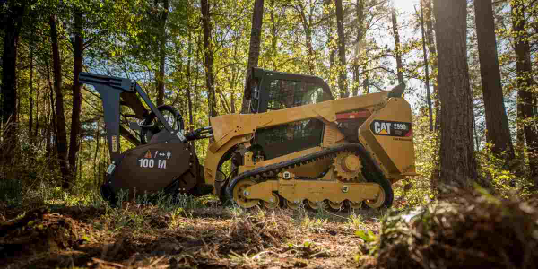 Cat 299D2 XHP Handles Difficult Land-Clearing Applications