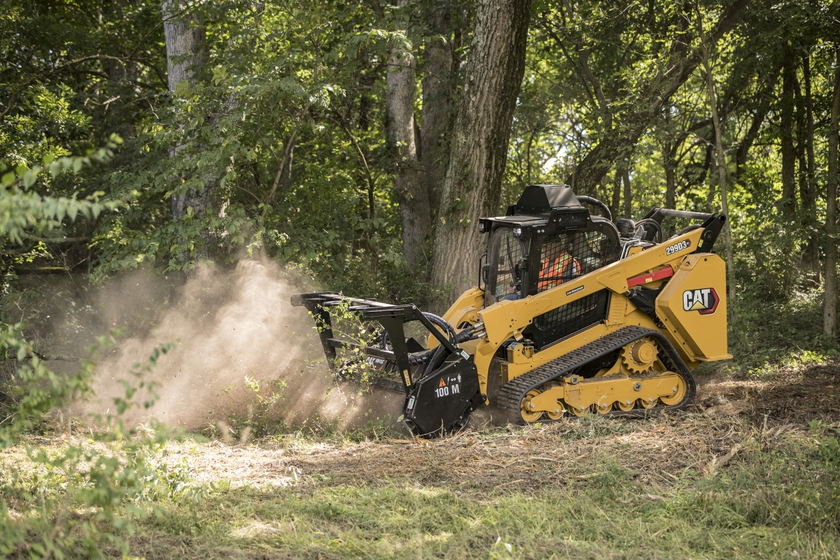 The 299D3 XE Land Management has a 58.1-gallon fuel capacity, which is sized to provide an...