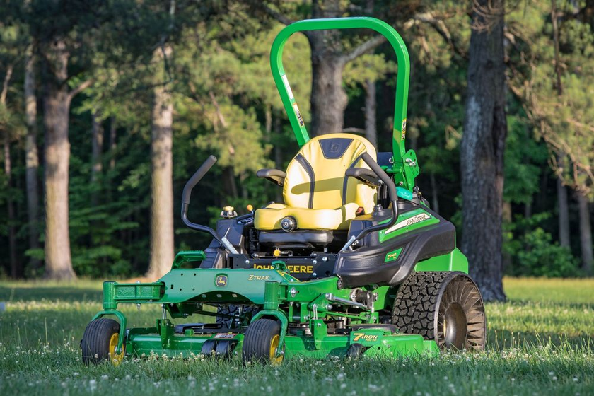There are threemower deck options for the Z994R Diesel ZTrak mower: a 54-inch deck and two...