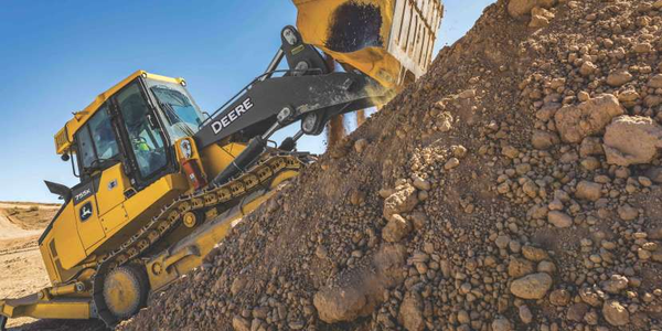 The John Deere 755K crawler loader's net power has increased to 194 hp.