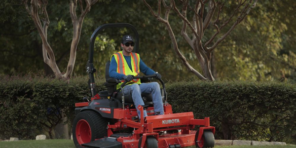 Kubota's Z700 EFI models adjust the high pressure fuel delivery for optimum power and fuel...