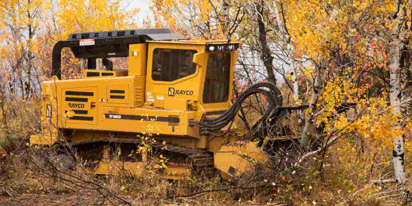 Morbark's Rayco T415 forestry machine is ideal for land clearing, construction, pipeline work,...