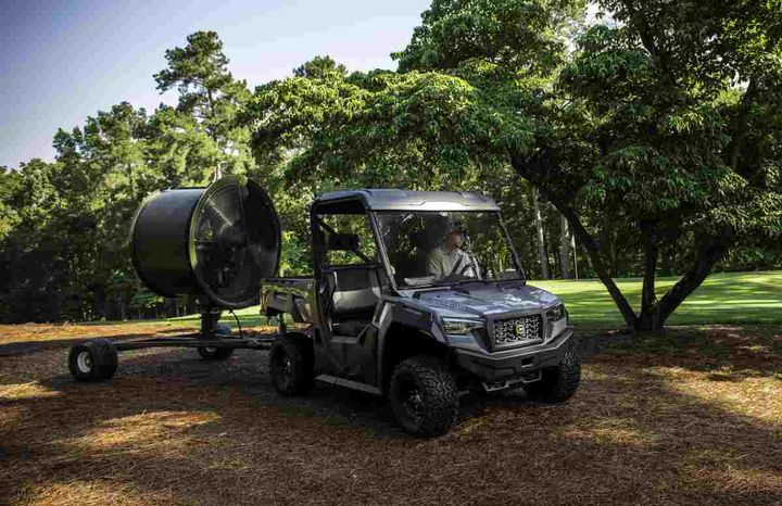 The Cushman Hauler is one of the vehicles that will haveclosed-loop electronic fuel injection (EFI) technology.  - Photo courtesy of Textron