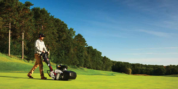 Toro Greensmaster 1000 Series Eliminates Mowing Variability