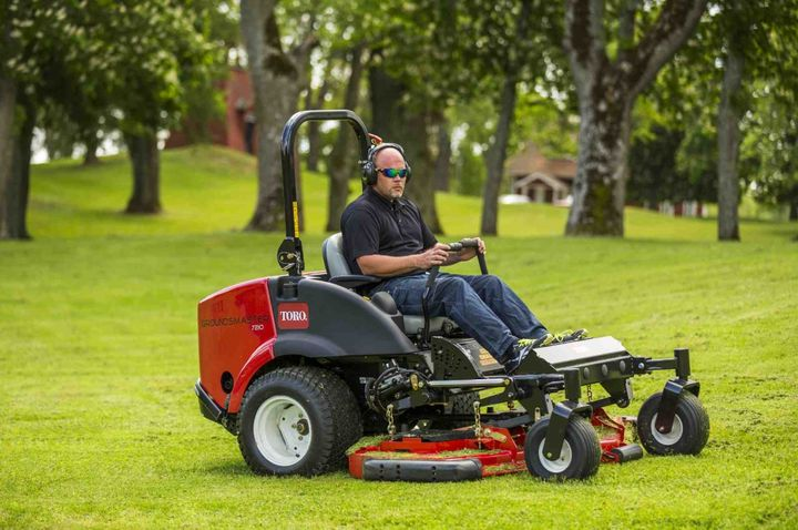 The Groundsmaster 360 features a 36.8-hp Yanmar 3-cylinder liquid-cooled diesel engine and is Final Tier 4 compliant.
