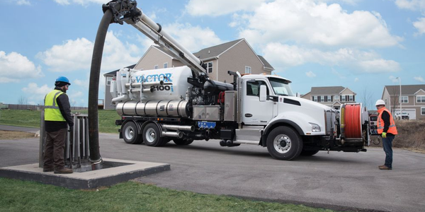 The Vactor RDB 1015 rapid deployment boom is availble on the Vator 100 series combination sewer...