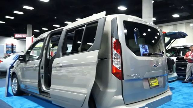 Ford Transit Connect Wagon Walkaround